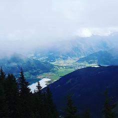 Über den Wolken... #schmitten #hochsonnbergalm #daswandernistdesmüllerslust #stgeorgalive #pensionstgeorg #godizeit Mountains, Nature, Travel, Instagram, Kaprun, Clouds, Naturaleza, Viajes, Trips