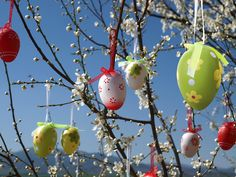 German Easter Traditions: Osterbaum (Easter Tree).