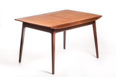 Vintage Louis van Teeffelen tafel (* on hold) – Vintage Furniture Base