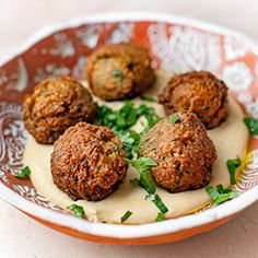 Falafel Vegetarian Recipes, Cooking Recipes, Budget Meals, Party Snacks, Hummus, Baked Potato, Foodies, Food And Drink, Eat