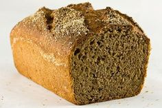 A bread with absolutely NO CARBS! Zero Carb Flax Bread Ingredients 2 cups flax seed 5 egg whites 2 whole eggs 5 tablespoons flax oil, coconut oil, or olive oil 1 tablespoon baking powder 1 teaspoon salt ½ cup water 3 packets Stevia Directions Mix all. Flax Seed Bread Recipe, Flax Seed Recipes, Flaxseed Meal Recipes, No Carb Bread, Keto Bread, Bread Carbs, Easy Bread, No Carb Recipes, Cooking Recipes