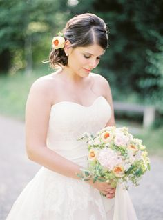 floristry by english rosarium  photography by sandra marusic / -wedding-photographer-luxury-hochzeitsfotograf-belvoir-rueschlikon-analog-filmphotography-chloe-choo-parma068.jpg