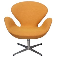 Swivel Tilt Swan Chair by Arne Jacobsen