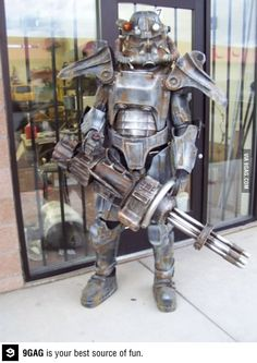 Epic Fallout Cosplay