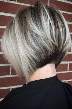 Basic Rules How To Choose The Best Balayage Depending On Your Hair Type And Color ★ Haircuts For Medium Hair, Bob Hairstyles For Fine Hair, Short Bob Haircuts, Short Hair Cuts, Medium Hair Styles, Curly Hair Styles, Pixie Cuts, Trendy Haircuts, Hairstyles Haircuts