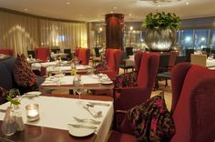 The Manhattan Brasserie is the ideal restaurant in the Centre of Rotterdam to enjoy a variety of carefully chosen and prepared dishes, using the freshest local ingredients and seasonal products available and served with style in an upscale, yet informal, setting.