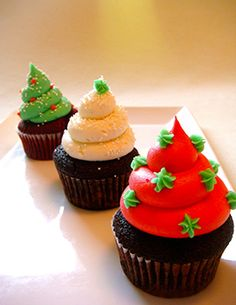 Brightly colored Christmas cupcakes
