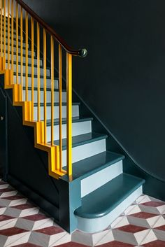 Geometric floor tiles - Contemporary colour interior - Office S&M uses scale-like tiles and bright colours to update London home Stairs Colours, Hallway Colours, Home Office Decor, Interior Office, Home Decor, Interior Doors, Yellow Interior, Office Ideas, Painted Stairs