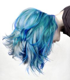 Varying tones of electric blue hair - Chloe Hamilton #trends...x