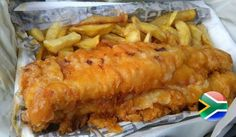 If you want to whip up some fish and chips at home, just like the ones you would get at the corner vis en tjips shop, it's time to get your hands on a good fish and chips recipe. It's actually easier than you think! New Zealand Food And Drink, Scottish Dishes, British Dishes, British Recipes, British Fish And Chips, British Pudding, Fish And Chip Shop, State Foods, Gastronomia