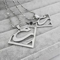 Wish | European and American fashion Superman Returns logo men titanium steel necklace (Color: Silver)