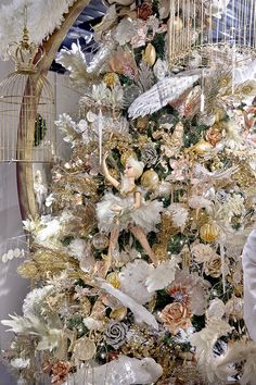 Ballerina on a beautiful on a sumptuous Christmas Tree by Goodwilll, Idea for Nutcracker Ballet Noel