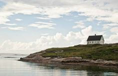 34 Isolated Houses As Far Away From Busy As You Can Get 33