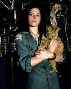 Sigourney Weaver and some cat.
