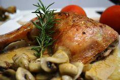 Pollo asado con salsa de champiñones, historia: ¡Hola querid@s amig@s de Cocina Familiar¡ En el día de hoy vengo con otra nueva receta, que es posible...
