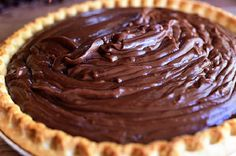 Whenever my husband, the strapping stallion I call Marlboro Man, imagines chocolate pie---and I imagine that he imagines it frequently, because it's one of his favorite desserts---he doesn't think . (cake in a cup pioneer woman) Chocolate Pie With Pudding, Chocolate Pie Recipes, Chocolate Pies, Chocolate Cream, Chocolate Pie Recipe Pioneer Woman, Homemade Chocolate Pie, Pioneer Woman Desserts, Chocolate Smoothies, Chocolate Shakeology