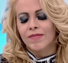 The perfect Joelma Calypso Laughing Animated GIF for your conversation. Discover and Share the best GIFs on Tenor. Rihanna, Drake, Smile Gif, Halloween Face Makeup, Shit Happens, Instagram Posts, Laughing, Couples, Meme Faces