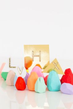 DIY faceted Easter egg place card holders craft for older kids and adults