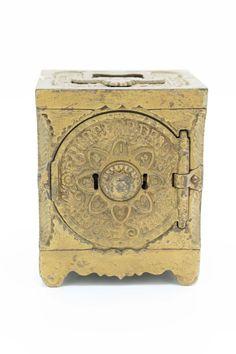 1897 J.E. Stevens Burglarproof Cast Iron Bank