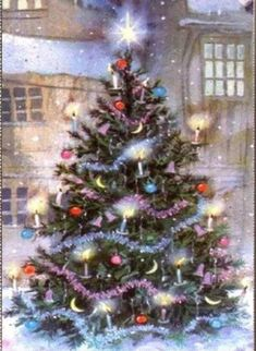 Weihnachtsbilder Golden Christmas Tree: Laced with golden ribbon, clear lights, and gold wire flower- and dove-sha Christmas Tree Gif, Beautiful Christmas Trees, Christmas Scenes, Christmas Past, Christmas Wishes, Christmas Greetings, Winter Christmas, Winter Snow, Merry Christmas Images