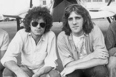 Remembering the Eagles' Glenn Frey, Half of One of Rock's Greatest Duos Eagles Lyrics, Eagles Band, Glen Frey, Country Bands, Concert Tickets, American Music Awards, Beautiful Voice, The Smoke, World Music