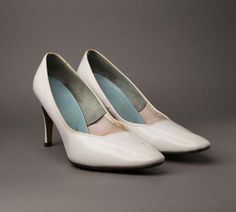 1950s White Leather Pumps  High Heels from BloomersAndFrocks, $28.00 # vintage #shoes
