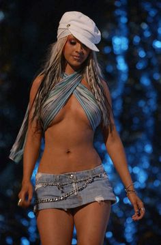 Christina Aguilera - 2002