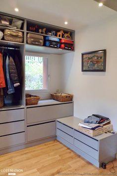 r novation d 39 un appartement haussmannien lyon dominique lapassat c t maison dressing. Black Bedroom Furniture Sets. Home Design Ideas