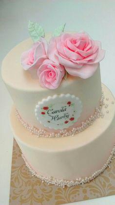 Pearl blush wedding cake