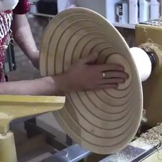 Handmade economy bowl made from an upcycled coffee table. Handmade economy bowl made from an upcycled coffee table. Small Wood Projects, Wood Turning Projects, Wood Burning Tool, Diy Bathroom, Wood Carving Tools, Woodworking Projects Diy, Woodworking Wood, Wood Lathe, Wood Wood
