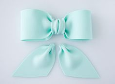 Bake, eat, love.: How to make a gum paste/ fondant bow