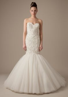 Dennis Basso wedding dress. To see more: http://www.modwedding.com/2013/09/12/dresses-style-dennis-basso-bridal-collection/ #wedding #weddings #dresses