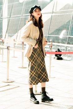 Seoul Fashion, Fashion Week, Daily Fashion, Fashion Outfits, Asian Street Style, Korean Street Fashion, Asian Fashion, Street Style Women, Business Casual Dress Code