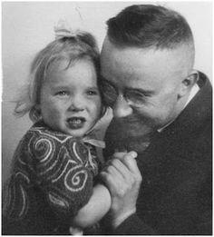 Heinrich Himmler with daughter Gudrun. Gudrun, now a old woman, is still a fanatic nazi. Miss Himmler survived...