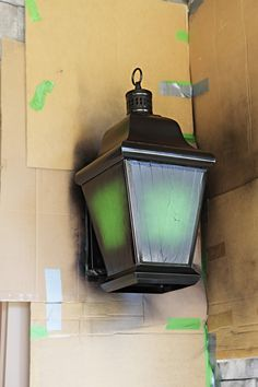 Front Lights Makeover - Bower Power Oil rubbed bronzing your outside light fixtures. step by step ho Outside Light Fixtures, Exterior Light Fixtures, Outdoor Light Fixtures, Exterior Lighting, Painting Light Fixtures, Light Painting, Spray Painting, Painting Tips, Porch Lighting