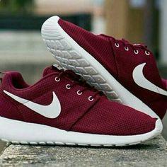 nike roshe runs #fitspo Nike Shoes Cheap, Nike Free Shoes, Nike Shoes Outlet, Running Shoes Nike, Cheap Nike, Shoe Outlet, Running Shorts, Buy Cheap, Cute Shoes