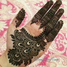Latest Henna Mehndi Design Images For Hands - Kurti Blouse Mehandi Designs Images, Indian Mehndi Designs, Henna Art Designs, Stylish Mehndi Designs, Bridal Henna Designs, Mehndi Design Pictures, Beautiful Henna Designs, Latest Mehndi Designs, Mehndi Images