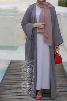 Belle Modest Dress : Abaya for Omra Frock Fashion, Modesty Fashion, Fashion Outfits, Abaya Fashion, Hijab Elegante, Hijab Chic, Mode Abaya, Mode Hijab, Iranian Women Fashion