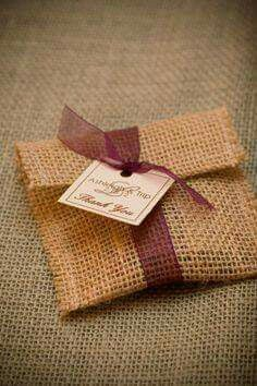 burlap favor bags another possible favor packaging idea Soap Packaging, Jewelry Packaging, Packaging Ideas, Burlap Crafts, Diy And Crafts, Burlap Favor Bags, Gift Bags, Wedding Favors, Party Favors