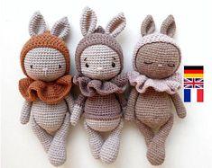 Mesmerizing Crochet an Amigurumi Rabbit Ideas. Lovely Crochet an Amigurumi Rabbit Ideas. Crochet Rabbit, Cute Crochet, Crochet Crafts, Crochet Projects, Crochet Animal Patterns, Crochet Doll Pattern, Crochet Dolls, Pattern Baby, Baby Patterns