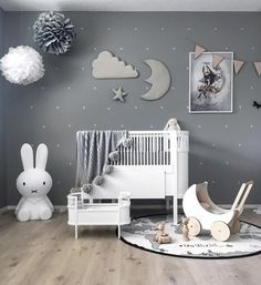 We just can't get enough this gorgeous kid's room by @stine.moi 👈🏻 OYOY The World rug will be back in stock next week, available online now for pre-order 💫 . #kidsroom #kidsroomdecor #kidsinterior #nordichome #nordicinspiration