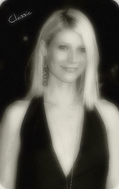 Gwyneth Paltrow in Little Black Dress