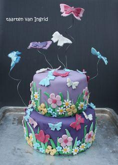 Bloemen en vlinders taart / cake flowers and butterflies