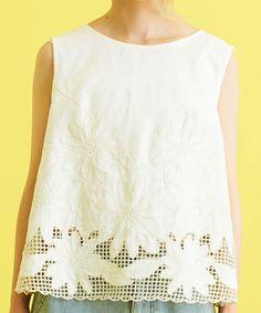 AMBIDEX Store ○綿リネンキャンバスカットワーク ノースリブラウス(F キナリ): Dot and Stripes CHILD WOMAN