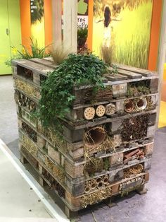 Een insectenhotel/bijenhotel (Salon International de l'Agriculture Parijs 2015)