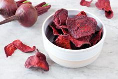 Move over potato chips—beet chips have you, well, beat! These easy-to-make vegetable chips are as beautiful as they are nutritious. Good Healthy Snacks, Healthy Recipes, Homemade Crisps, Beetroot Recipes, Recipes For Beets, Beet Chips, Vegetable Chips, Chips Recipe, How To Eat Paleo