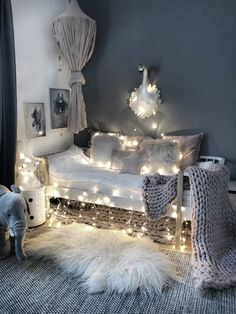 Mädchen Ecke im Kinderzimmer Best Picture For baby room organization For Your Taste You are looking for something, and it is going to tell you exactly Baby Room Boy, Baby Room Decor, Girl Nursery, Girl Room, Girls Bedroom, Bedroom Ideas, My New Room, My Room, Ikea Kura