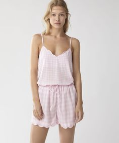 Pale pink gingham shorts, 16.99€ - Gingham shorts with an elastic, adjustable drawstring waistband and ruffles along the hems. - Find more Spring Summer 2017 trends in women fashion at Oysho.