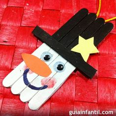 muneco-deWelcome to Southwest Medical Associates 🤗-nieve-g. Make A Snowman, Snowman Crafts, Craft Stick Crafts, Holiday Crafts, Homemade Christmas, Christmas Art, Christmas Decorations, Christmas Ornaments, Art For Kids