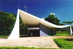 Capilla Virgen de Fátima, Niemeyer